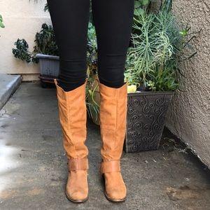 Vintage caramel Steve Madden leather riding boots